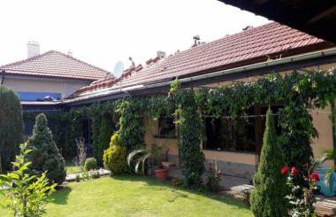 Изграждане на нов двускатен покрив